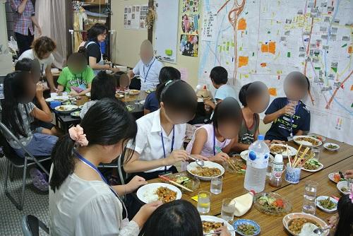 8月8日子ども食堂1
