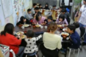 子ども食堂1105 全体2